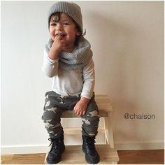 """""""Min ⭐️  ❤ ______________________________________  #loveofmylife #family #inspo #inspoforkiddos #inspirationforpojkar  #barnoutfit #dagenskiddos #kidsfashion #fashionforminis1 #littlegarms #dagensmini #dagenskiddo #DanteTrulsen #ministil #barnasgarderobe #Dantedetails #zara #zarakids #hm #hmkids"""" Photo taken by @chaison on Instagram, pinned via the InstaPin iOS App! http://www.instapinapp.com (11/16/2015)"""