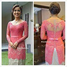Kebaya Modern Dress, Kebaya Dress, Vera Kebaya, Fashion Sewing, Women's Fashion, Kebaya Brokat, Myanmar Dress Design, Model Kebaya, Thai Dress