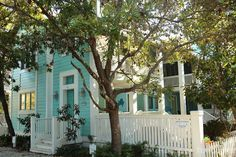 House of Turquoise: Turquoise Houses of Seaside, Florida LOVE this color Beach Cottage Exterior, Beach Cottage Style, Beach House Decor, Seaside Florida, Florida Home, Small Beach Cottages, Florida Apartments, Different Architectural Styles, House Of Turquoise