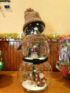 Snowman, crafty, snow globes, glass, cute, cute idea, Christmas craft idea