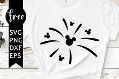 Disney Mickey svg free for Cricut Silhouette Silhouette Cameo Shirt, Silhouette Cameo Projects, Free Svg Cut Files, Svg Files For Cricut, Cricut Tutorials, Cricut Ideas, Disney Fireworks, Cricut Craft Room, Disney Diy