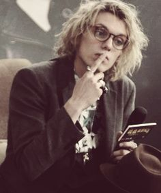 James Campbell Bower / Impressive! What crazy beauty and beautiful madness! So different and cute face! It's sensual and attractive! The hair is mmmm... gorgeous! And the rings, the outfit... Beauty!