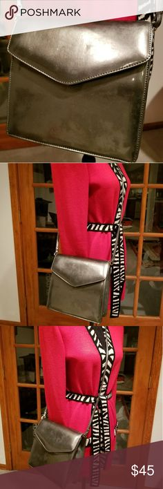 Vintage J Renee purse Vintage J Renee purse good condition J Renee Bags Crossbody Bags
