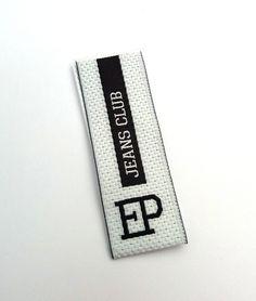 Etichette tessute in taffetà ad alta definizione - Etichettificio Pugliese