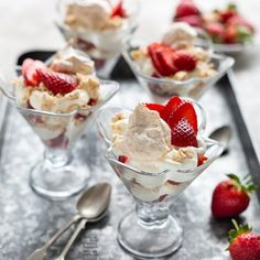 Strawberry Dessert with Meringues and Cream Easy Desserts, Delicious Desserts, Cheesecake Mix, Eton Mess, Strawberry Desserts, Baileys, Meringue, Allrecipes, Mousse