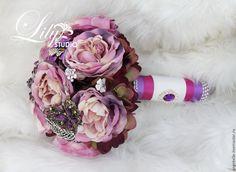 Купить Фиолетовый свадебный букет с брошками. - фиолетовый, свадебный красивый букет, букет невесты