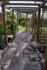 Lugnets trädgård: Min trädgård - Blommig fredag