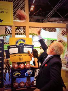 El Ministro Arias Cañete con Plátano de Canarias en #FruitAttraction