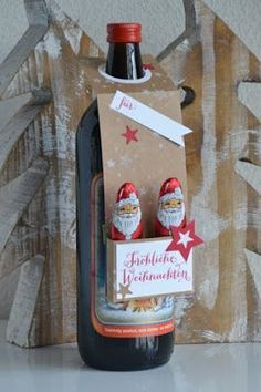 Hello my dears! Today I& going to show you 2 bottle tags with a box that I . - DIY ideas - Hello my dears! Today I show you 2 bottle tags with box, which I … - Christmas Tag, Diy Christmas Gifts, Calendrier Diy, Perpetual Birthday Calendar, Wine Bottle Tags, Bottle Box, Inexpensive Christmas Gifts, Diy Y Manualidades, Diy Advent Calendar