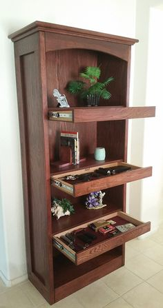 Hidden storage Furniture - 100 Fantastic Creative Hidden Shelf Storage Ideas Worth to apply in Small House. Furniture Plans, Rustic Furniture, Diy Furniture, Furniture Design, Antique Furniture, Furniture Projects, Furniture Storage, Modern Furniture, Outdoor Furniture