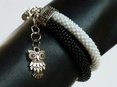 Czarno na białym #bransoletka koralikowa #podwójna - #Projektownia - Bransoletki z koralików #beadcrochet #double #blackandwhite #owl #bracelet