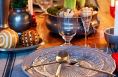 8 juldukningar med sådant du har hemma (och lite från ikea) - Sköna hem 8 table settings for Christmas dinner with things you have at home (and a little from IKEA)