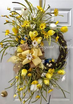 33 Spring wreaths for front door DIY ideas to celebrate the Change! - Hike n Dip Spring wreath for door decoration is a wonderful idea. Get the best DIY Spring Wreath ideas here for front door decoration for the Spring and Easter season. Spring Wreaths For Front Door Diy, Diy Spring Wreath, Diy Wreath, Wreath Ideas, Easter Wreaths, Holiday Wreaths, Diy Décoration, Deco Mesh Wreaths, Ribbon Wreaths