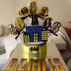 BATMAN chocolate lollipops Lollipop Display, Chocolate Lollipops, Favors, Batman, Candy, Homemade, Store, Desserts, Food