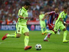 Departamento medico do Barça disse que Suárez tem uma sobrecarga na perna direita, e é duvida para jogo com o Atléti