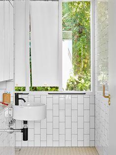 Bathroom | Rosalie House by Owen Architecture