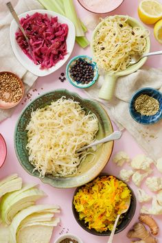 Fun, flavour-packed ferments that could not be easier to make | If you've got salt and time, we've got a guide to help you nail sauerkraut every time. How to make homemade sauerkraut. How To Make Homemade, Food To Make, Pickled Celery, Anti Inflammatory Drink, How To Make Pickles, Homemade Sauerkraut, Curry Spices, Fermented Foods, Palak Paneer