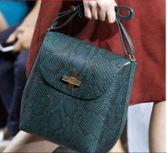 765c4accf9 Οι 397 καλύτερες εικόνες του πίνακα Women Bags - Γυναικείες Τσάντες ...