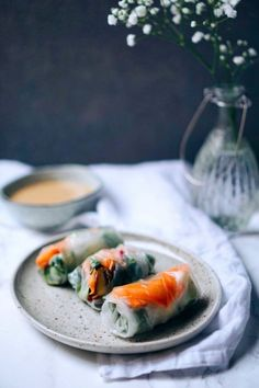 If you think spring rolls and summer rolls are only for takeout, think again. These 21 spring and summer rolls recipes prove you can create these easy apps too. Thai Spring Rolls, Vegetable Spring Rolls, Fresh Spring Rolls, Summer Rolls, Vegetarian Mushroom Recipes, Vegan Recipes, Cooking Recipes, Vegetarian Spring Rolls, Spicy Almonds