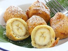 13 Desserts You Can Make in an Air Fryer Air Fryer Recipes Fried Banana Recipes, Baked Banana, Banana Fried, Deep Fried Bananas, 13 Desserts, Delicious Desserts, Dessert Recipes, Dessert Food, Desserts Frits