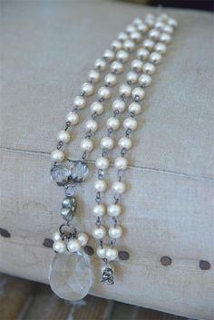 Heart Treasure Necklace .. Dark Cream