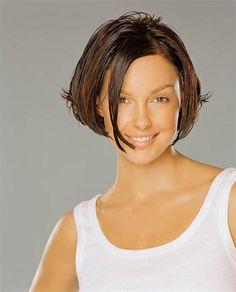 Ashley Judd has perfect eye brows!