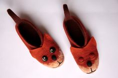 felted fox slippers adult size / handmade house shoes /fox felt slippers fox house shoes wet felted adult animal slippers animal house shoes