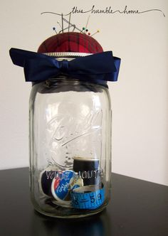 Perfect for a college student or a young person just starting out on their own! There is nothing you can't do with a mason jar! Vase Crafts, Mason Jar Crafts, Mason Jar Lamp, Candle Jars, Candles, Sewing Jars, Sewing Kit, Baby Food Jar Crafts, Baby Food Jars