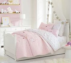 Shop Pottery Barn Kids' Magical Unicorn Kids Bedroom for girls room ideas. Find kids bedroom ideas and inspiration at Pottery Barn Kids. Pottery Barn Kids, Teenage Bedroom Decorations, Unicorn Bedroom, Big Beds, French Country Bedrooms, Bedroom Country, Country Living, Teen Girl Bedrooms, Girl Rooms