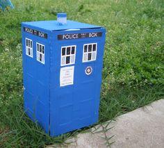How to Make a TARDIS Gift Box Tutorial