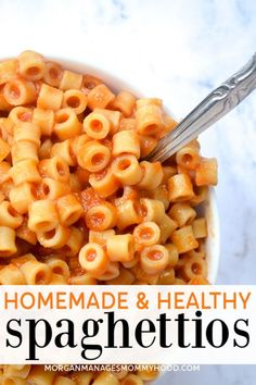 Kids Meals Homemade SpaghettiOs are an easy kid friendly meal that can be made in a few minutes. Skip the canned variety and try this copycat recipe! No funky ingredients and a few hidden veggies make for this super simple picky eater recipe. Healthy Recipes, Healthy Meal Prep, Healthy Foods To Eat, Baby Food Recipes, Healthy Snacks, Healthy Eating, Kid Veggie Recipes, Healthy Kid Friendly Recipes, Dinner Healthy
