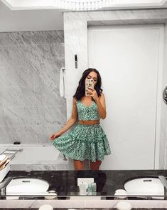 trendy cute summer outfits ideas for women 1 Teen Fashion Outfits, Mode Outfits, Look Fashion, Outfits For Teens, Girl Outfits, 70s Fashion, Fashion Tips, Cute Casual Outfits, Cute Summer Outfits
