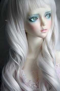 by milkmallow on DeviantArt Ooak Dolls, Barbie Dolls, Fairies Photos, Broken Doll, Gothic Dolls, Shadow Puppets, Anime Dolls, Pin Art, Creepy Dolls