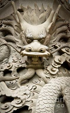 Dragon Statue in chinese tempel, gezien by Imkenneth, via Dreamstime Japanese Dragon, Chinese Dragon, Beautiful Dragon, Dragon Artwork, Dragon Statue, Arte Horror, Statues, Chinese Architecture, China Art