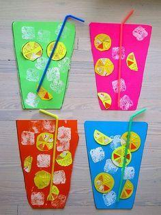 Knutsel een glas limonade! Kan ook met een opdracht: plak 4 schijfjes citroen en stempel 5 bubbels