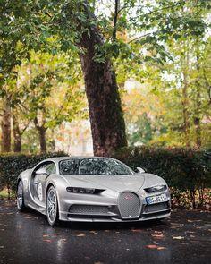Bugatti Chiron Sport 📷 b Sports Car Wallpaper, Bugatti Cars, Lamborghini, Classic Car Restoration, Top Luxury Cars, Power Cars, Bugatti Chiron, Futuristic Cars, Expensive Cars