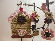 I love the birdies in this pattern! Crochet Birdhouse Garland DIY PDF Pattern Flower by MariMartin Pattern Flower, Flower Patterns, Crochet Birds, Diy Garland, Freeform Crochet, Case, Little Things, Bird Houses, Applique