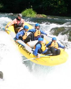 Whitewater Rafting - Gift experience in Washington - Travel on the Shenandoah and Potomac River through Maryland, Virginia and West Virginia with this unique gift experience in Washington. Picnic lunch included. - $80.00