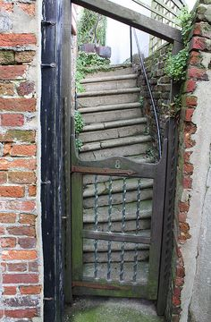 Wonky steps, Hastings Old Town Best Memories, Childhood Memories, Hastings Old Town, English Village, Family Roots, Seaside Towns, East Sussex, British Isles, Stairways