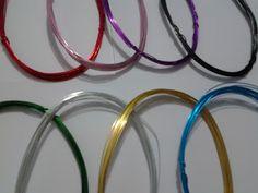 Mini Cabides Informações Round Glass, Glasses, Mini, Coat Stands, Cushion Pillow, Doll, Eyeglasses, Eye Glasses, Eyewear