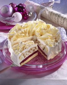 Himbeer-Spekulatius-Torte - Margarethe Kienel - - Himbeer-Spekulatius-Torte Unser beliebtes Rezept für Himbeer-Spekulatius-Torte und mehr als weitere kostenlose Rezepte auf LECKER. Easy Cookie Recipes, Dessert Recipes, Desserts, Mascarpone Cake, Popular Recipes, Free Recipes, Cakes And More, Christmas Baking, Christmas Recipes