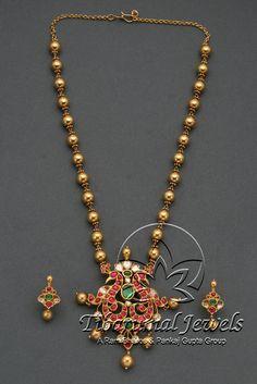 Kundan Locket Set | Tibarumal Jewels | Jewellers of Gems, Pearls, Diamonds, and Precious Stones