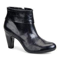 Born Crown Women's Krissa Ankle Boots (FootSmart.com)