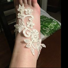 Items similar to ivory gold frame Beach wedding barefoot sandals Ivory Barefoot Sandals Sexy Yoga Anklet Bellydance Steampunk Beach Pool wedding accesories on Etsy Lace Bridal, Bridal Wedding Shoes, Wedding Lace, Wedding Dresses, Strand Pool, Barefoot Sandals Wedding, Bridesmaid Accessories, Lace Flower Girls, Bare Foot Sandals