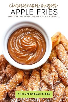 Imagine an apple inside of a churro. that's what these cinnamon sugar apple fries taste like. Crunchy on the outside and warm apple goodness on the inside! Delicious Desserts, Dessert Recipes, Yummy Food, Sweet Desserts, Apple Fries, Cinnamon Sugar Apples, Healthy Packed Lunches, Fried Apples, Light Snacks