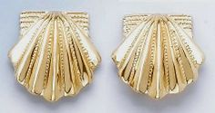 14k Gold Smooth Scallop Shell Earrings