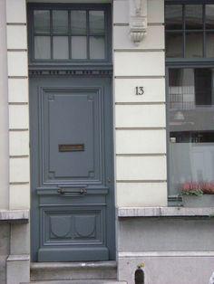 zurenborg voordeuren blauwgrijs