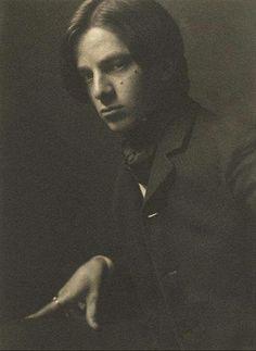 Alvin Langdon Coburn. Self Portrait 1905 -repinned by LA County studio photographer http://LinneaLenkus.com #fineartportraits