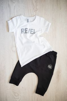 Slovak brand - M-I-N-I-M-A-L Fashion S/S 2019 Capri Pants Outfits, Kids Fashion, Onesies, Clothes, Capri Pants, Outfits, Clothing, Kleding, Babies Clothes