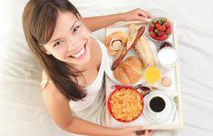 8 Easy Breakfasts Under 300 Calories Diet & Nutrition Slideshows - Sharecare Sans Lactose, Sans Gluten, Diet And Nutrition, Fitness Nutrition, Health Diet, Eat Breakfast, Breakfast Recipes, Free Breakfast, Breakfast Healthy